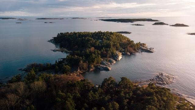 Suomalaista rannikkoseutua